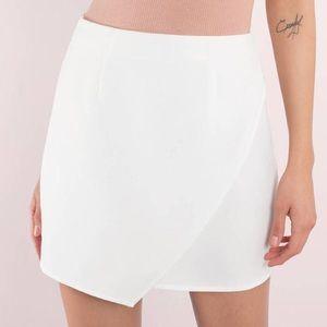 NWT Tobi White Madeline Mini Skirt